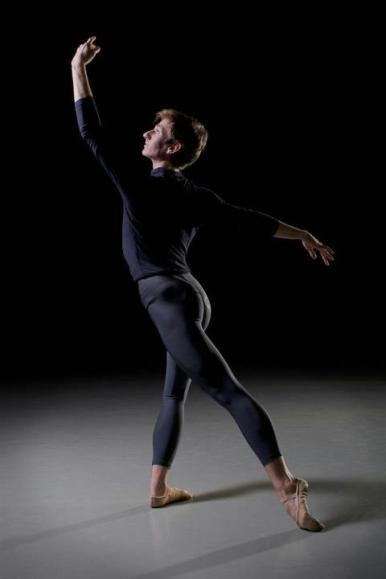 Ballet SJ apprentice Thomas Baker. Photo credit: Olivier Wecxsteen.